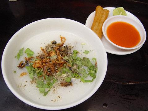 Qn-Chao-luon-dish