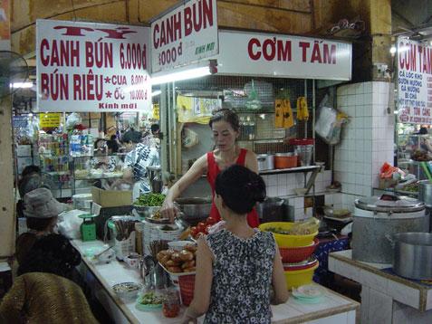 bt-ty-canh-bun-stall