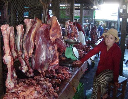 kratie-meat-market