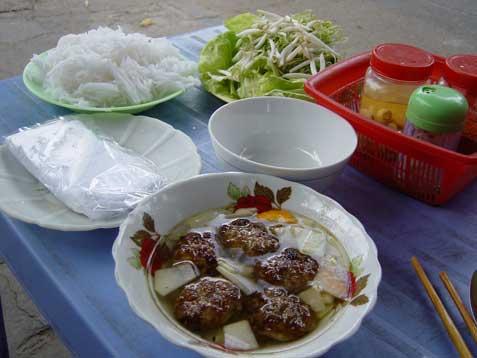 ltt-bun-cha-spread